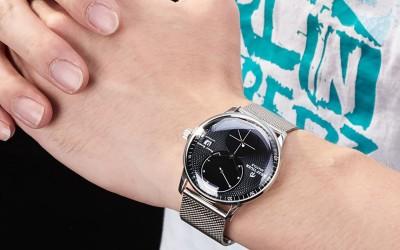 The ELegant Presentation Of Seattle Navy With Black Dial Steel Bracelet Automatic Watch RGA82B0